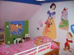 chambre fille disney photo deco chambre fille 3 chambre disney photo 33 blanche neige