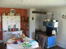 file dowse sod house interior kitchen face nw jpg wikimedia commons