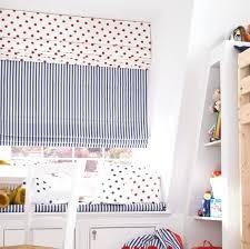 store chambre bébé store chambre fille crations de rideaux pour la chambre enfant
