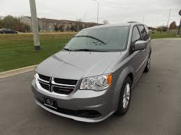 2016 dodge grand caravan with new freedom rear entry manual ramp