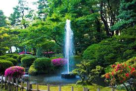 images of beautiful gardens kenrokuen garden one of the most beautiful gardens in japan