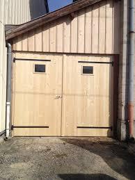 fabriquer porte de grange chambre enfant porte grange porte de grange photo stock image