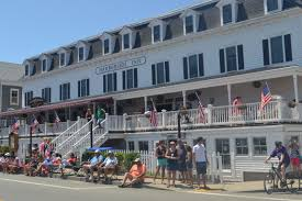 Closest Hotel To Six Flags New England Harborside Inn Block Island Hotel