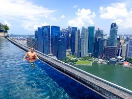 splurging at marina bay sands the world u0027s largest infinity pool
