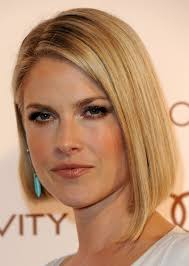 2015 angeled short wedge hair ali larter haircut short straight angled bob haircut for 2015