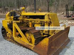 antique bulldozers crawlers caterpillar d2 dozer cat crawler