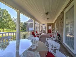 wraparound porch new gorgeous 8br kennebunk house close homeaway kennebunk