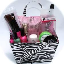Makeup Gift Baskets This Is A 200 Gift Basket That You Can Enter When Attending The
