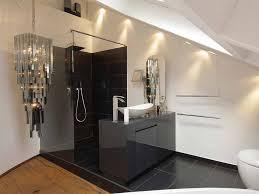 badezimmer dachschrge 7 tipps für das badezimmer unterm dach bauen de
