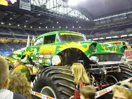 how long is a monster truck show avenger truck wikipedia