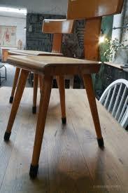 chaise cinema enfant anciennes chaises d u0027enfant en bois années 50 par le marchand d