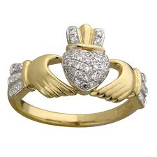 the claddagh ring fallers rings 14k white gold diamond claddagh ring fallers
