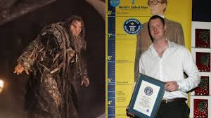 Chair Game Of Thrones Game Of Thrones Actor And Britain U0027s Tallest Man Neil Fingleton