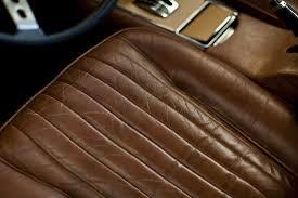 comment nettoyer des sieges en cuir de voiture cuir craquelé comment le réparer starwax