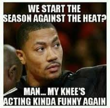 D Rose Memes - derrick rose s knees hurt again lol http nbafunnymeme com nba