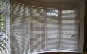 curved bow window vertical blinds window treatments for casement venetian blinds bay window download