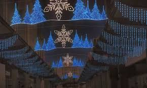 outdoor commercial christmas decorations with