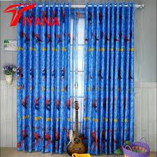 rideaux pour chambre d enfant porte fenetre pour enfant chambre beau bande dessinée londres