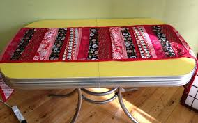 thanksgiving table runner pattern holiday patchwork table runner tutorial