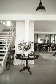 insonoriser une chambre à coucher la séparation de pièce amovible optez pour un rideau