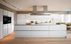 moderne kche mit insel moderne küchen mit insel schwarz ambiznes