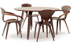 Dining Tables Round Cherner Round Table Hivemodern Com