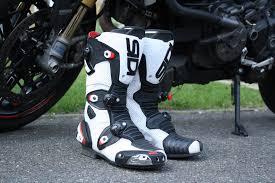 sidi motorcycle boots review sidi mag 1 air boots u2013 299 99 visordown