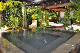 Urban Veggie Garden - modern urban vegetable garden design with square pond and wooden