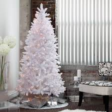 Already Decorated Christmas Trees Sale by Best 25 Pre Lit Christmas Tree Ideas On Pinterest Pre Decorated
