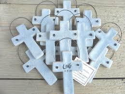 christening favor ideas christening communion thoughtfulness unforgettable memories cross