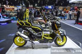 zoomer bentley honda zoomer x by x paint side at 2016 bims indian autos blog