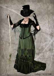 Witches Halloween Costumes 8 Classic Vintage Halloween Costumes Halloween Costumes Witches