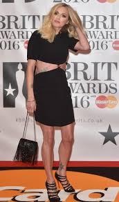Schlafzimmerblick Wie Schminken Brit Awards 2016 Die Tops Und Flops Vom Roten Teppich