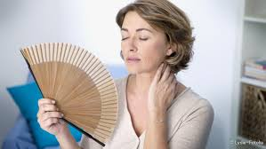 ständige schweißausbrüche wechseljahre symptome netdoktor de