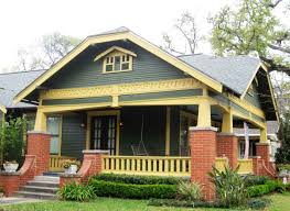 How To Choose Exterior Paint Colors Exterior Paint Trim Exterior Paint Makeover Southern Hospitality