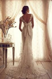 find a wedding dress 33 crucial tips to find the wedding dress of your dreams