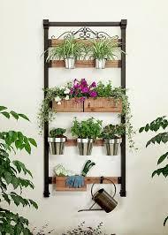 Watering Vertical Gardens - 16 genius vertical gardening ideas for small gardens balcony