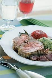 cuisiner une selle d agneau recette selle d agneau à la polenta