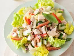 chicken salad with cucumber red pepper and honey mustard