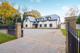 wood houses properties for sale in harold wood flats houses for sale in