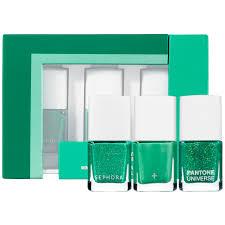 go green sephora pantone universe fête emerald the color of
