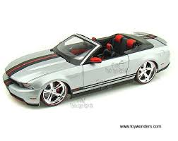 2010 mustang gt convertible 2010 ford mustang gt convertible by maisto pro rodz 1 18 scale