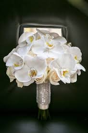 wedding flowers questions to ask questions to ask before booking your wedding florist florists