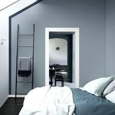 peinture mur de chambre peinture mur chambre agrandir une peinture bleu gris dans une