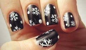 the perfect nail art for a snowpocalypse