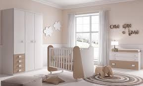 chambre bebe lit et commode chambre complète bébé miki avec lit commode glicerio so nuit