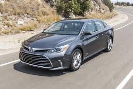 lexus es vs toyota avalon 2018 toyota avalon hybrid pricing for sale edmunds