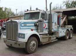 kenworth w900l for sale 1982 kenworth w900 semi wrecker truck item h2027 sold d