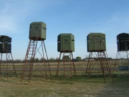 Elevated Bow Hunting Blinds Quad Pod Bow Hunting Blinds