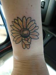 44 best small daisy tattoos on wrist images on pinterest ankle